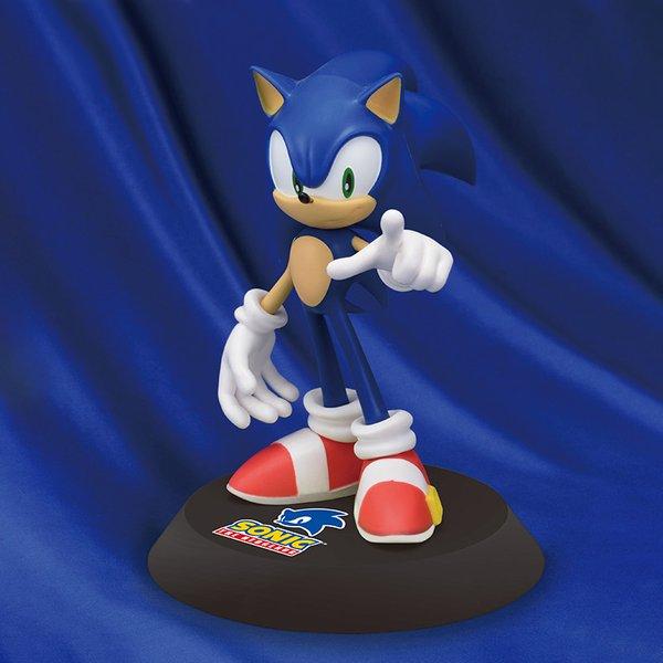 Sonic Hedgehog figure